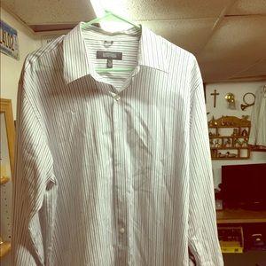 Men's Button Down dress shirt XL